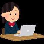パソコンを使う学生のイラスト(女子)